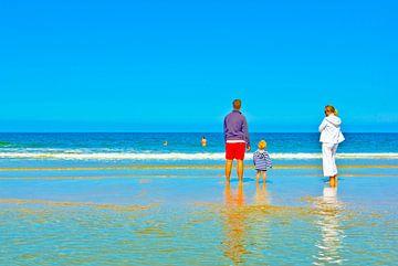 Familienidylle am Strand von Norbert Sülzner