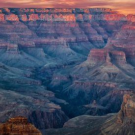 zonsondergang boven de Grand Canyon van Rietje Bulthuis