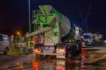 Aankomst van beton voor Aquaduct Muiden van Marcel Steinbach