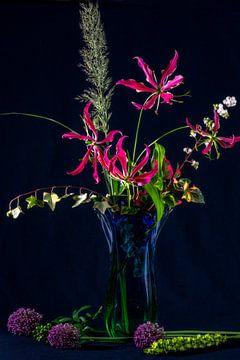 bloemschikken in murano vaas