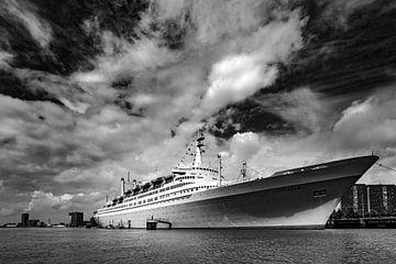 SS Rotterdam von Maarten van der Voorde