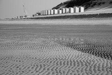 Beach Cabbins van Marco van der Veldt