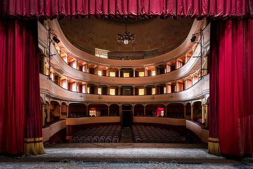 Verlaten Theater in Verval. van