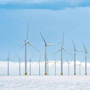 Offshore-Windkraftanlagen in einem Windpark von Sjoerd van der Wal