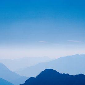 Die Blauen Berge Nr.8 von Jesse Barendregt