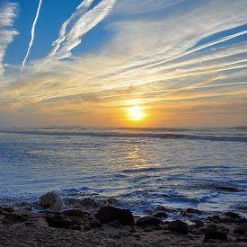 Sonnenuntergang am Strand von Rogier Vermeulen