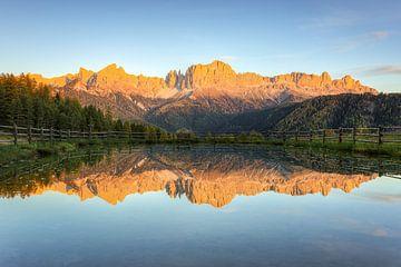 Alpenglow in South Tyrol van Michael Valjak