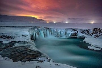 Waterval Godafoss IJsland van Mario Calma