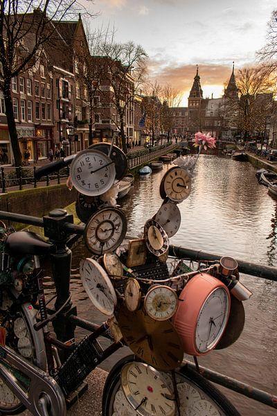tijd machine fiets, Amsterdam van Aldo Sanso