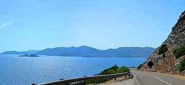 De kust van het eiland Sardinië (Strada Provinciale 71) - Italië van Maurits Simons