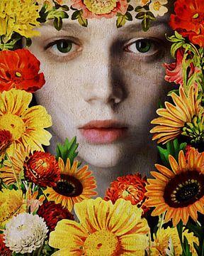 Frau der Welt - Gesicht eines Mädchens umgeben von Blumen von Jan Keteleer