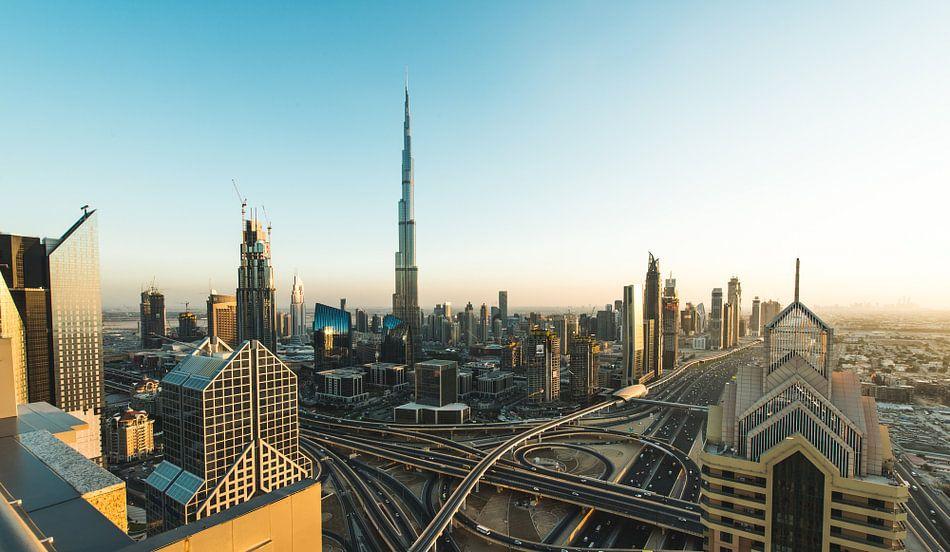 Dubai Skyline III van Dennis Wierenga