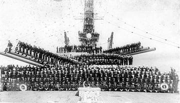 USS Idaho BB-42 met crew 1919 van Atelier Liesjes