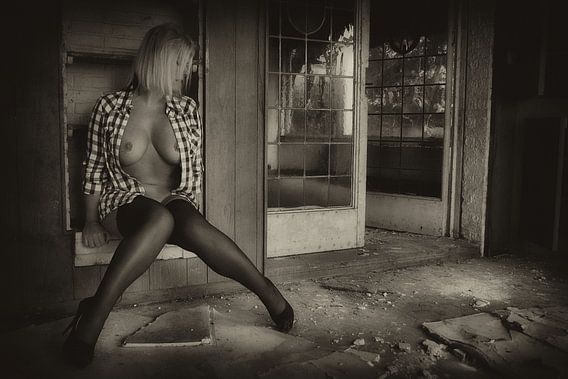 Feel at Home (nude / naakt) van Kees de Knegt