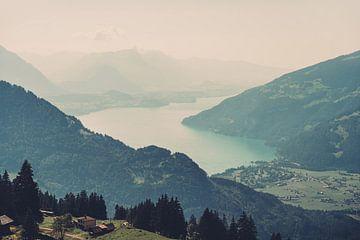 Thunersee in der Schweiz von Patrycja Polechonska