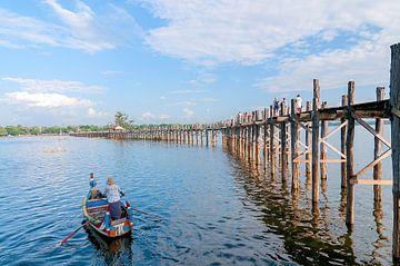 Amarapura Township: U Bein Brug van Maarten Verhees