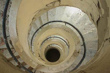 Treppe zur Finsternis von AH-Fotografie