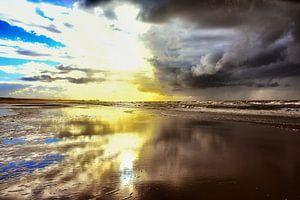 JingJang in lucht en strand