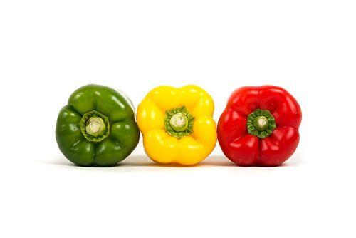 Colored paprika's On White von Marcel Mooij