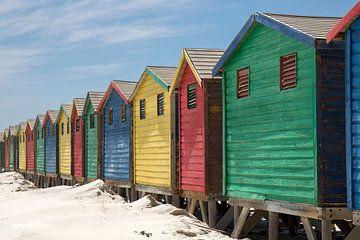 Gekleurde strandshuisjes -2 von Jolanda van Eek