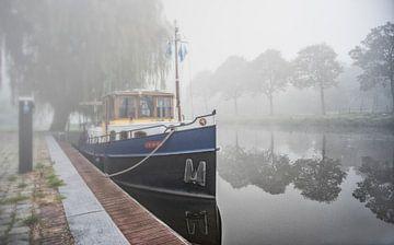 Boot im Nebel von Michel Groen