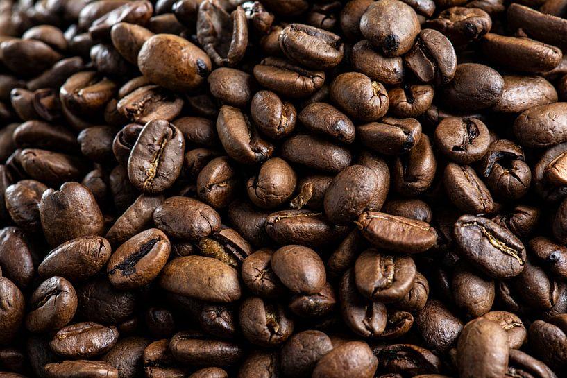 Koffiebonen close-up van Ton de Koning