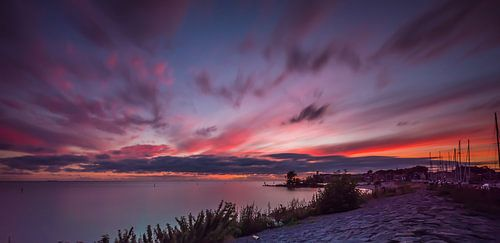 zonsondergang bij de vuurtoren van