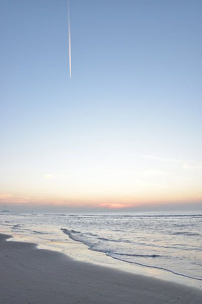 Zonsondergang aan de Nederlandse kust van Christa Stroo fotografie