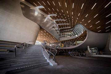 Der moderne Hauptbahnhof in Arnheim. von Claudio Duarte