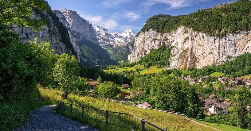 Lauterbrunnen Vallei Zwitserland van Achim Thomae