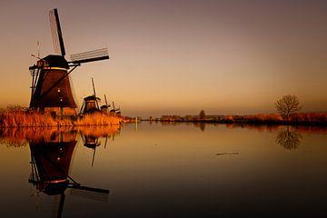 Sunset at Kinderdijk van Jos Krick Photography