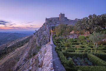 Die Burg von Marvao (Marvão) bei Sonnenuntergang.