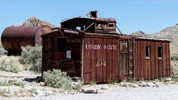 Death Valley, Rhyolite Spookstad, California, USA van de Roos Fotografie