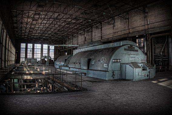 Verlaten energiecentrale 1 (Urbex) van Eus Driessen