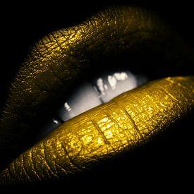 Lèvres dorées sur Bert Hooijer