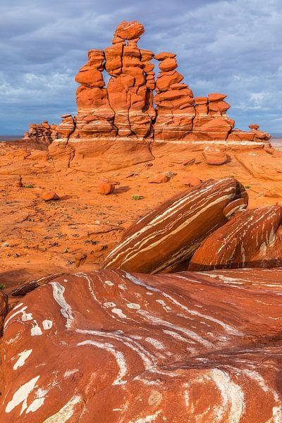 Adeii Eechii Cliffs van Henk Meijer Photography