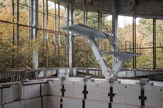 Het zwembad van Pripyat. van Tim Vlielander