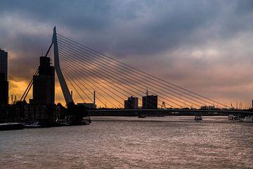skyline Erasmusbrug, Rotterdam van Photography by Naomi.K