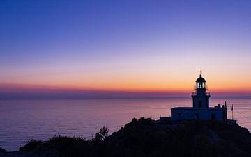 Leuchtturm (Santorini, Griechenland) von Photography by Cynthia Frankvoort