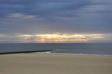 Abendsonne am Strand von Philipp Klassen