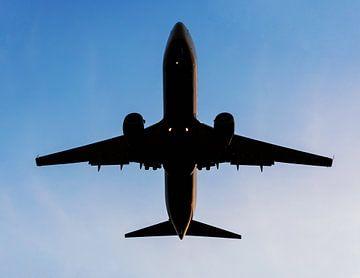 Flugzeug im Himmel von Frank Herrmann