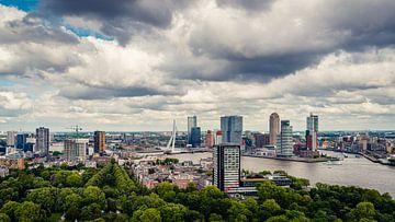 Die Skyline von Rotterdam vom Euromast aus (16:9) von Lolke Bergsma