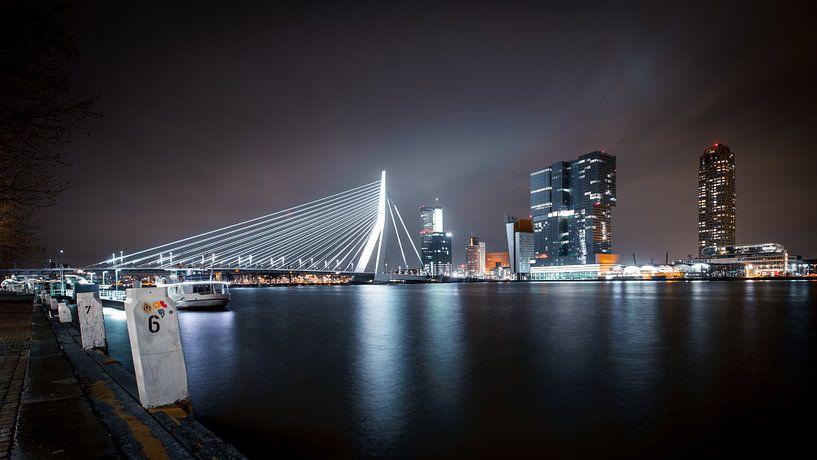 Rotterdam Skyline I (Color) van Dennis Wierenga