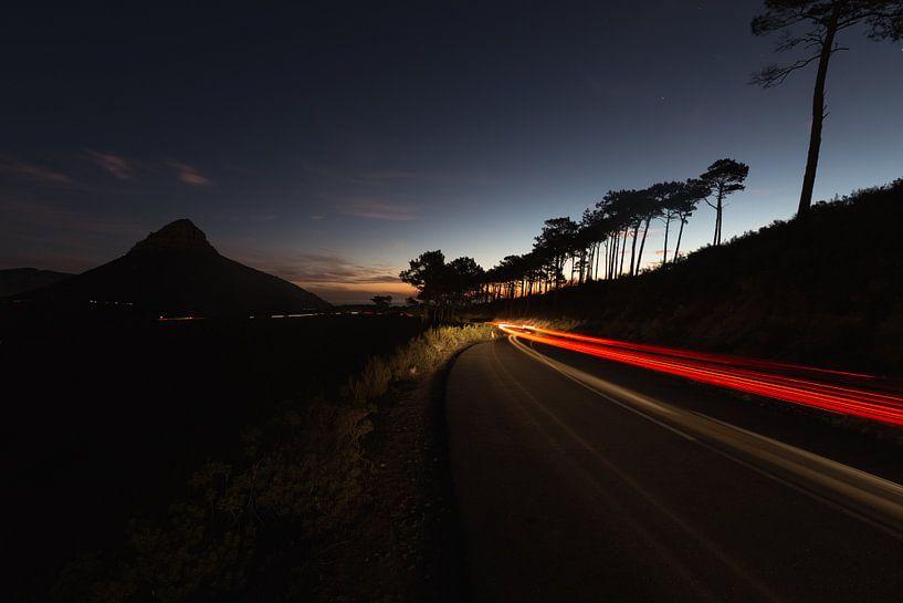 Night Lights at Signal Hill van Mark Wijsman
