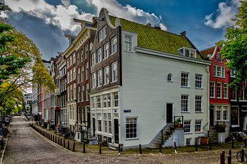 De Amstel hoek Achtergracht in Amsterdam. sur Don Fonzarelli
