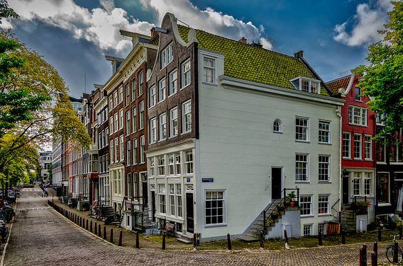 De Amstel hoek Achtergracht in Amsterdam.