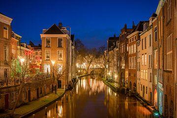 Le vieux canal dans la nuit sur Elles Rijsdijk