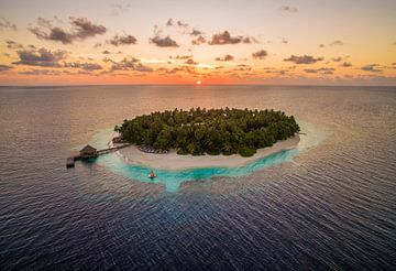 Zonsondergang Malediven van Ralf van de Veerdonk