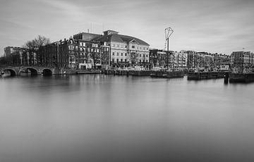 Theater Carré aan de Amstel in zwartwit van