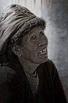 oude vrouw sur rene schuiling